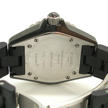 Chanel(샤넬) H0681 블랙 세라믹 러버 밴드 J12 33MM 여성용 시계  [대구동성로점] 이미지4 - 고이비토 중고명품