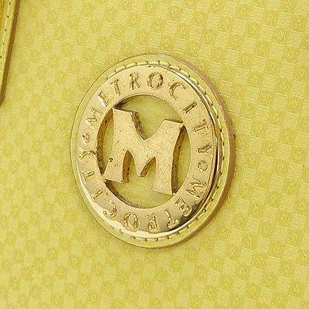 Metrocity(메트로시티) M 로고 금장 장식 옐로우 보스톤 토트백