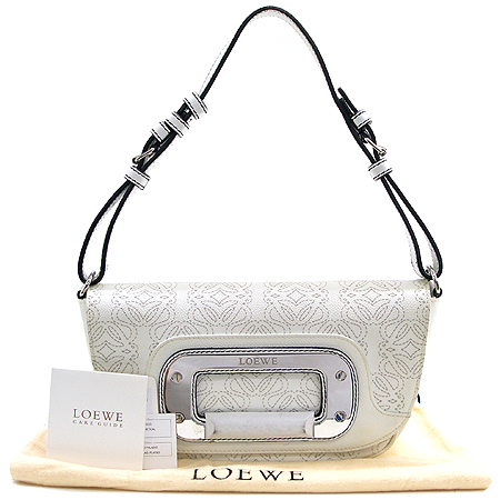 Loewe(로에베) 사각 플렛 로고 가죽 숄더백