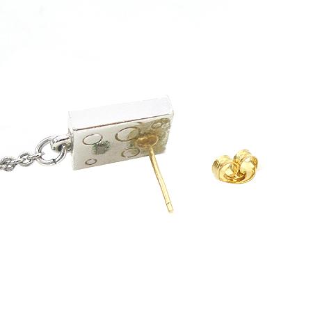 Swarovski(스와로브스키) 사각 프레임 구슬 장식 은장 귀걸이 이미지5 - 고이비토 중고명품