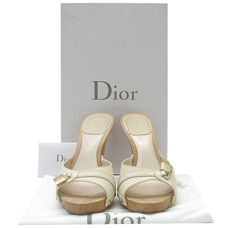 Dior(크리스챤디올) KCF009VGR 패드락 장식 여성 구두