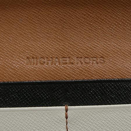 MICHAELKORS (마이클코어스) MMF5GC03C 001 블랙 사피아노 레더 짚업 장지갑