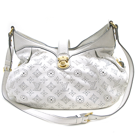 Louis Vuitton(루이비통) M97049 마히나 XS사이즈 COGNAC(코그낙) 숄더백