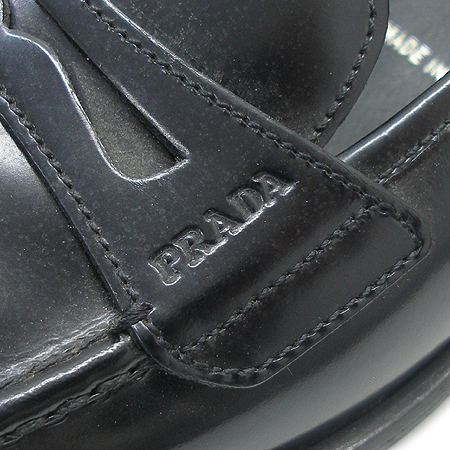 Prada(프라다) 블랙 래더 스티치 구두