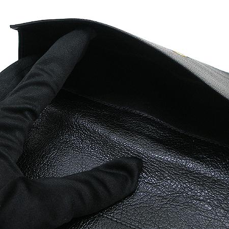 Gucci(구찌) 121567 GG로고 징 장식 블랙 래더 장지갑