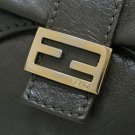 Fendi(펜디) 8BR520 다크카키 컬러 FF 금장 로고 장식 숄더백