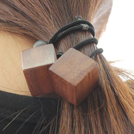 Evita(에비타) 우든 큐브 머리끈