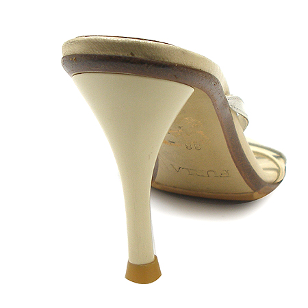 FURLA(훌라) 베이지 컬러 가죽 끈 장식 여성용 구두