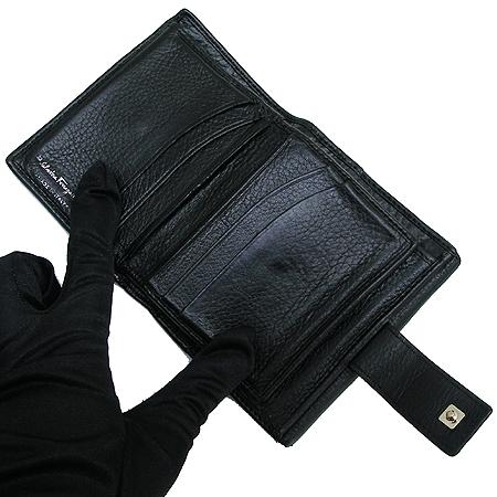 Ferragamo(페라가모) 22-A596 은장 간치니 버클 반지갑 이미지4 - 고이비토 중고명품