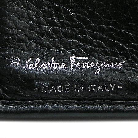 Ferragamo(페라가모) 22-A596 은장 간치니 버클 반지갑 이미지5 - 고이비토 중고명품