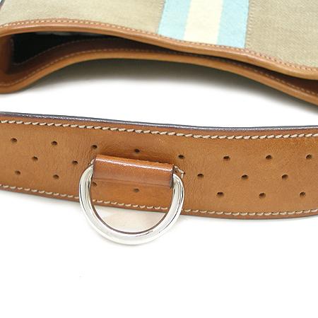 Gucci(구찌) 114877 은장 로고 삼선 스티치 장식 숄더백 이미지5 - 고이비토 중고명품
