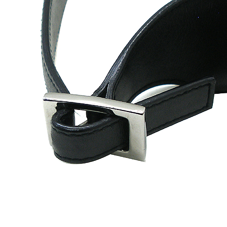 Gucci(구찌) 28628 은장 집게 장식 블랙 컬러 숄더백 이미지4 - 고이비토 중고명품
