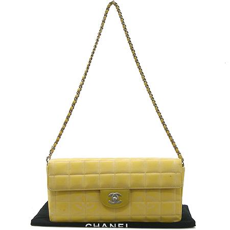 Chanel(샤넬) 뉴 트래블 패브릭 초코바 은장 체인 숄더백