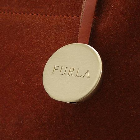 FURLA(훌라) 브라운 세무 래더 금장 로고 방울 장식 토트백 이미지4 - 고이비토 중고명품