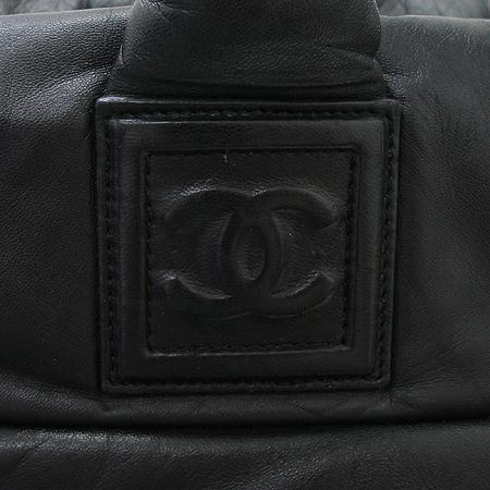 Chanel(샤넬) 블랙 레더 램스킨 코쿤 토트백 이미지4 - 고이비토 중고명품
