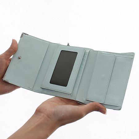 Metrocity(메트로시티) 은장 로고 라이트 블루 래더 3단 중지갑 이미지7 - 고이비토 중고명품