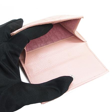 Dior(크리스챤디올) CLB444804 퀼팅 핑크 래더 중지갑