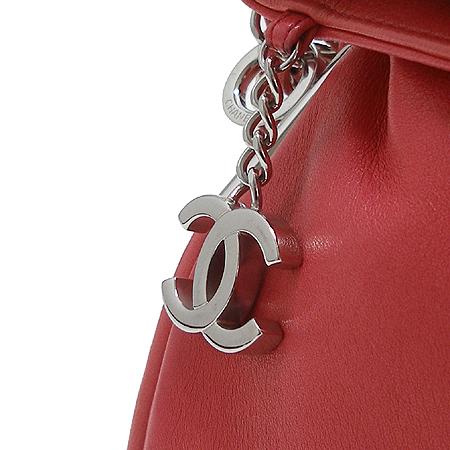 Chanel(샤넬) 램스킨 레드 컬러 은장 체인 숄더백