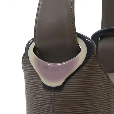 Louis Vuitton(루이비통) M5281B 에삐 래더 베르소 숄더백