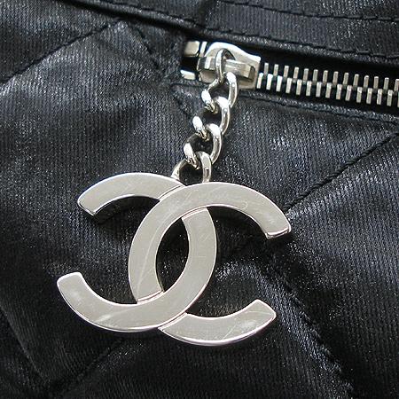 Chanel(샤넬) 비아리츠 오버라지 사이즈 투포켓 패브릭 퀄팅  숄더백 + 보조 파우치