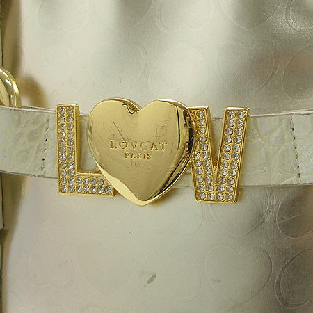 LOVCAT(러브캣) 금장 로고 장식 골드 메탈릭 로고패턴 바겟 숄더백