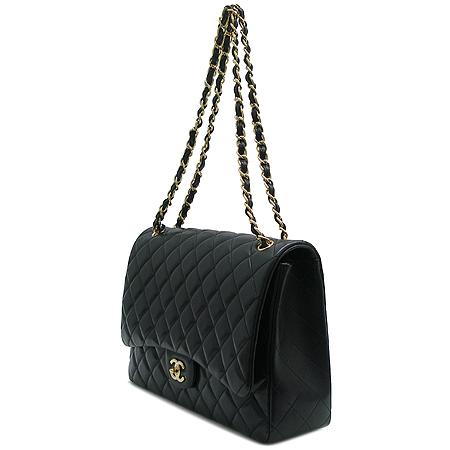 Chanel(샤넬) A47600Y01295 램스킨 클래식 맥시 사이즈 금장 체인 숄더백 [명동매장]