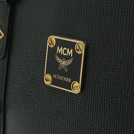 MCM(엠씨엠) 금장 로고 장식 양동이 토트백