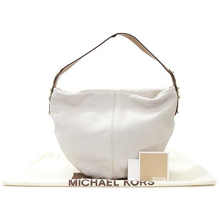 MICHAELKORS MMCIBH02C 화이트 래더 호보 숄더백