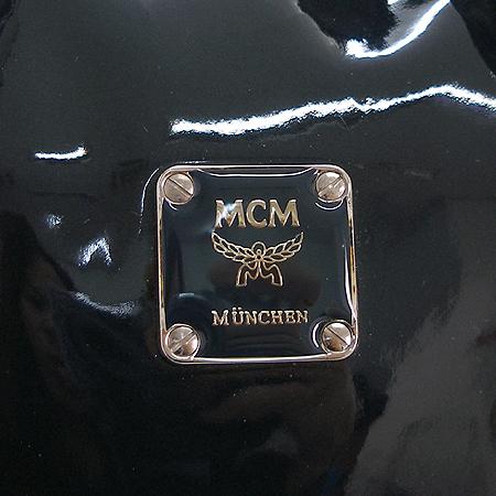 MCM(엠씨엠) 1011070121407 에나멜 투포켓 은장 로고 장식 토트백 [부천현대점]