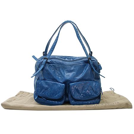 BOTTEGAVENETA (보테가베네타) 248521 투포켓 블루 컬러 페이던트 숄더백 이미지2 - 고이비토 중고명품