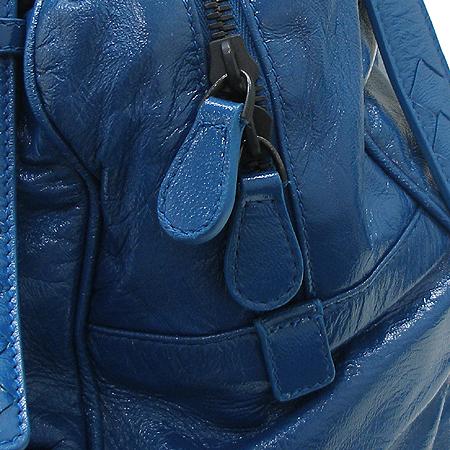 BOTTEGAVENETA (보테가베네타) 248521 투포켓 블루 컬러 페이던트 숄더백 이미지5 - 고이비토 중고명품