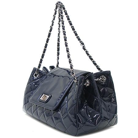Chanel(샤넬) 2.55 블루 페이던트 은장 체인 숄더백
