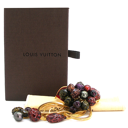 Louis Vuitton(루이비통) 금장 코사지 장식 브롯지