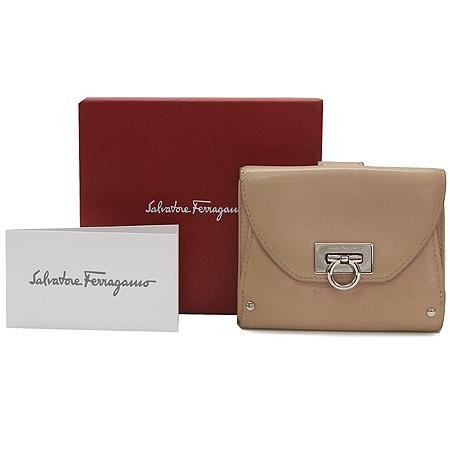 Ferragamo(페라가모) 22 6164  은장 간치니 장식 반지갑 이미지2 - 고이비토 중고명품