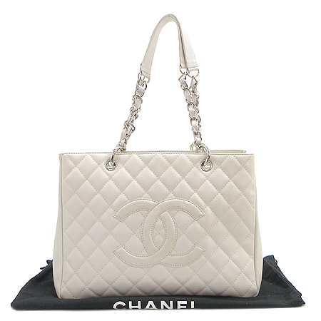 Chanel(샤넬) 캐비어스킨 그랜드 샤핑 은장 체인 숄더백