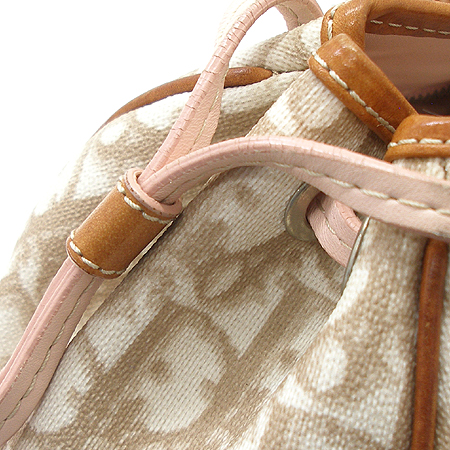 Dior(크리스챤디올) 은장 로고 하트 장식 PVC 토트 겸 숄더백
