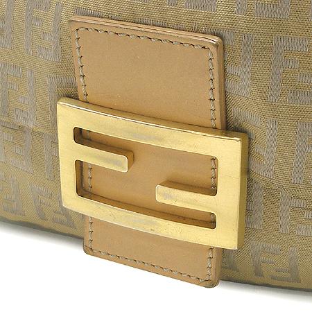Fendi(펜디) 금장 로고 장식 패브릭 숄더백