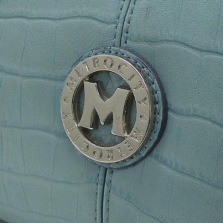 Metrocity(메트로시티) 은장 로고 스카이 블루 크로커다일 패턴 레더 숄더백