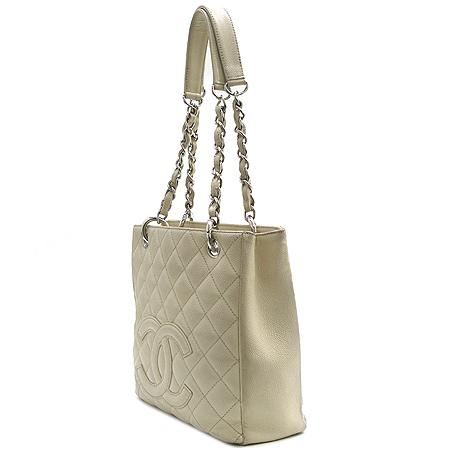 Chanel(샤넬) 정방 캐비어 스킨 은장 체인 숄더백 이미지2 - 고이비토 중고명품