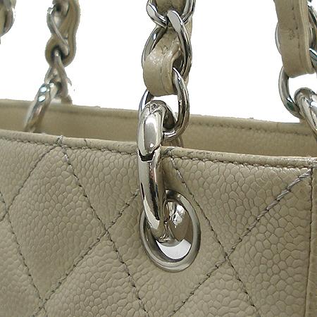 Chanel(샤넬) 정방 캐비어 스킨 은장 체인 숄더백 이미지3 - 고이비토 중고명품