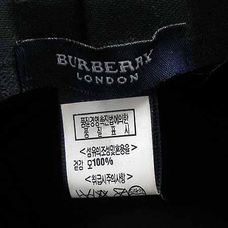 Burberry(버버리) 체크 문양 모자 이미지3 - 고이비토 중고명품