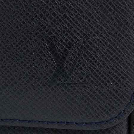 Louis Vuitton(루이비통) M32682 타이가 레더 로만 MM 크로스백