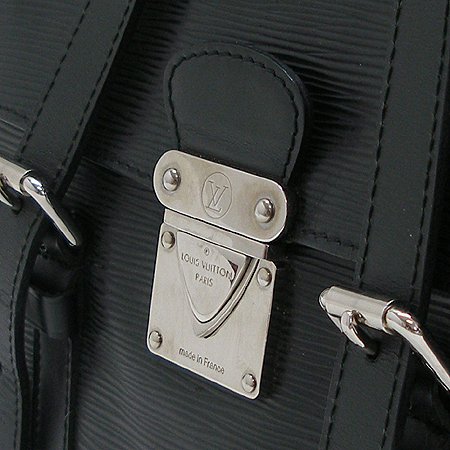Louis Vuitton(루이비통) M58862 에삐레더 세규르 MM 숄더백 이미지3 - 고이비토 중고명품