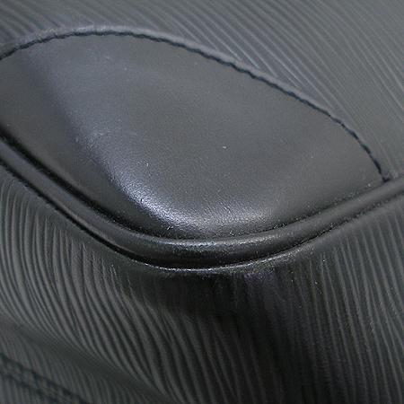 Louis Vuitton(루이비통) M58862 에삐레더 세규르 MM 숄더백 이미지5 - 고이비토 중고명품