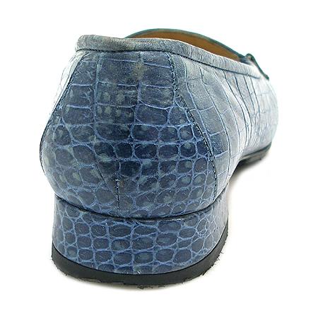 Ferragamo(페라가모) 크로커다일 패턴 간치니 장식 여성용 로퍼 [인천점] 이미지4 - 고이비토 중고명품