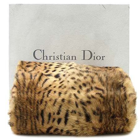 Dior(ũ����î���) ������Ʈ ���� 100% Lapin(�䳢) ��� ��