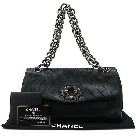 Chanel(샤넬) 램스킨 타원 버클 은장 빅체인 숄더백