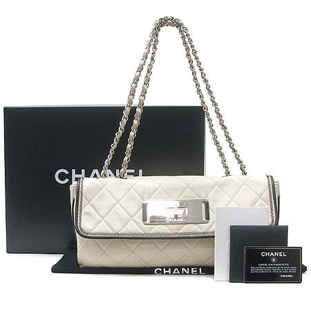 Chanel(샤넬) 아이보리 램스킨 빈티지 은장 체인 숄더백 [동대문점] 이미지2 - 고이비토 중고명품