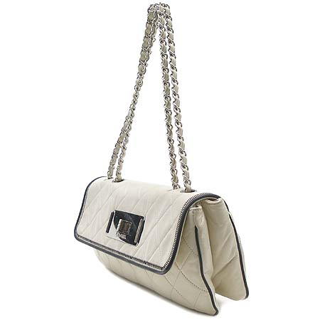 Chanel(샤넬) 아이보리 램스킨 빈티지 은장 체인 숄더백 [동대문점] 이미지3 - 고이비토 중고명품