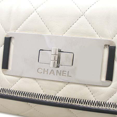 Chanel(샤넬) 아이보리 램스킨 빈티지 은장 체인 숄더백 [동대문점] 이미지4 - 고이비토 중고명품